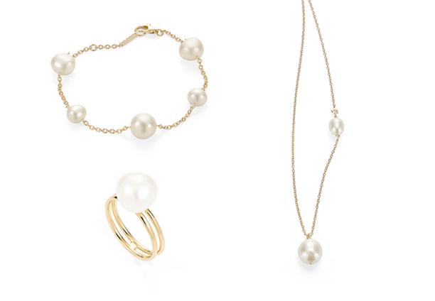 Pulseira, pendente e anel de pérolas H.Stern