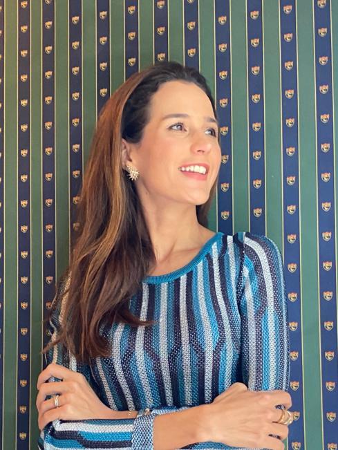 Joana-nolasco-usando-joias-no-dia-a-dia