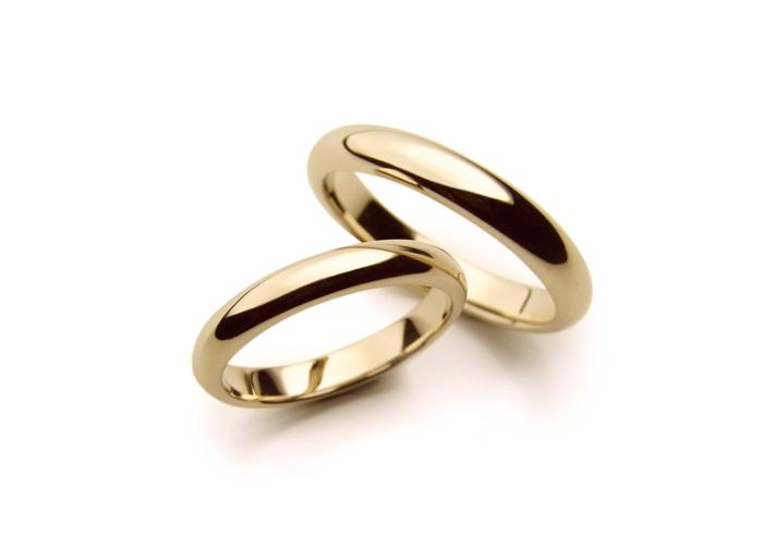 Alianças tradicionais de ouro amarelo