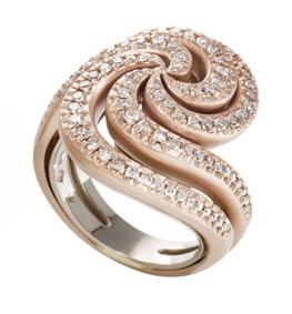Anel de ouro rosé texturizado com diamantes e parte interna de Ouro Nobre polido medio copy