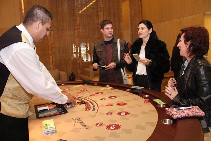 Mesa de poker caribenho