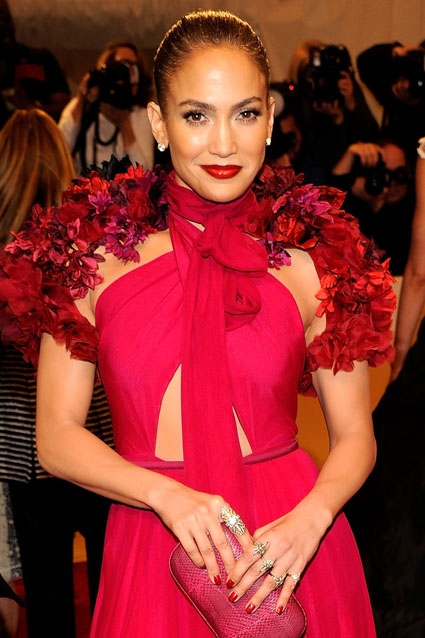 Jennifer Lopez- Met 5.2.11 (2)