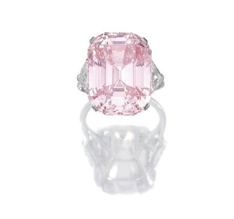 Diamante rosa em leilão na Sotheby's